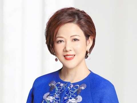 AICI Image Professional - Priscilla Chan